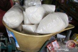 Syara Jeumala salurkan sembako bagi warga miskin di Bireuen