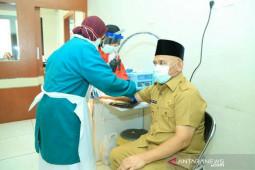 Tenaga medis dan karyawan rumah sakit jalani Rapid Test