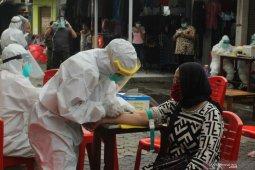 Pemberian tanda khusus warga terpapar corona di Surabaya untuk untuk mudahkan pengawasan