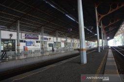 Mudik lokal di stasiun Jombang