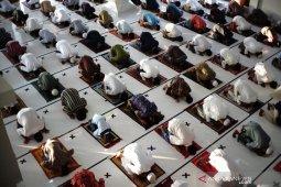 Shalat Idul Fitri di Tengah Pandemi COVID-19