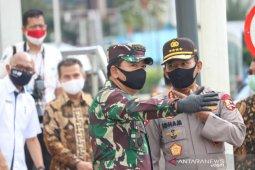 Normal baru, TNI-Polri awasi 1.800 titik pendisiplinan kesehatan