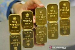 Harga emas Antam turun Rp17.000 per gram