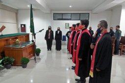 Empat hakim Pengadilan Negeri Putussibau resmi dilantik