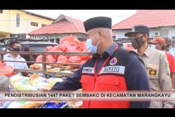 Warga Kecamatan Marangkayu Terima Bantuan Sembako