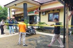 Seorang anggota polisi meninggal diserang orang tak dikenal