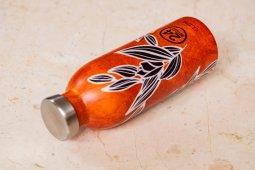 Motif batik hiasi desain botol minum asal Italia