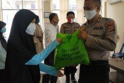 Polda Aceh salurkan bantuan COVID-19 kepada puluhan mahasiswa