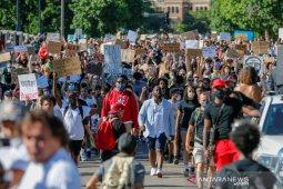 Kata Menkes Inggris: Protes rasisme dipastikan menambah risiko COVID-19