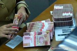 Rupiah awal pekan menguat di tengah koreksi uang regional