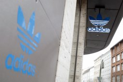 Adidas janji pekerjakan banyak karyawan kulit hitam dan Latin