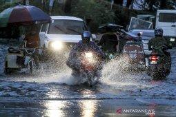 Badai Molave mendekat, Filipina evakuasi 1.800 warganya