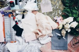 Kiat bagi pelaku industri mode jelang era normal baru