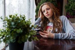 Perempuan sering kesepian selama wabah virus corona