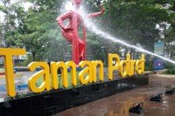 Disbudpar Kota Tangerang masih menutup  27 taman tematik