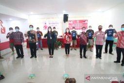 Pemkab Landak-Anggota DPR salurkan bantuan program Gemarikan