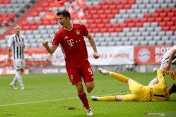 Bayern tundukkan Freiburg, Lewandowski ukir rekor baru