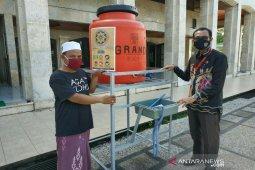 IKAPTK bantu fasilitas cuci tangan ke majelis taklim dan tempat ibadah