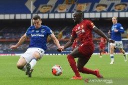 Liverpool diitahan imbang Everton tanpa gol
