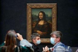 Lukisan tiruan Mona Lisa bukan karya Leonardo da Vinci dilelang