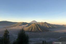 Normal baru, Balai Besar TNBTS siapkan protokol kesehatan wisata Gunung Bromo