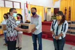 887 pelaku pariwisata di kota Sorong terima bantuan Kemenparekraf