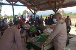 Gubernur Papua Barat ingatkan pemanfaatan dana desa harus optimal