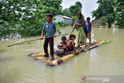 Banjir di India dan Nepal telan sedikitnya 189 korban jiwa