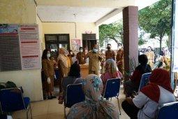 Wali Kota kunjungi peserta Aseptor KB peringatan Harganas ke 27