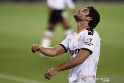 Valencia kalah lagi, dipermalukan Bilbao di kandang sendiri