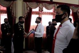 Ungkap kasus penembakan,  anggota Polres Tabalong terima penghargaan