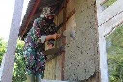 Menjadi tukang, Tentara juga piawai plaster dinding