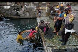 Tradisi Melukat di Tirta Empul mulai dibuka