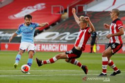 Manchester City tumbang  0-1 dari tuan rumah Southampton