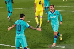 Barcelona jaga jarak dari Real Madrid setelah lumat Villarreal