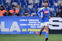 Napoli sukses tundukkan Roma 2-1
