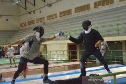 Atlet anggar Aceh latihan persiapan PON Papua