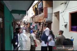 Satu keluarga di Duri Kepa Jakarta Barat positif COVID-19