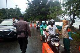 Personil Brimob Polda Maluku kembali disiagakan di Pos Pantau PSBB