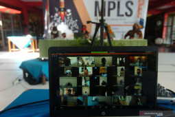 Masa pengenalan lingkungan sekolah Yogyakarta wajib dilaksanakan daring