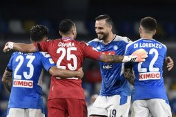 Napoli menang 2-0 yang diwarnai empat gol Sassuolo dianulir