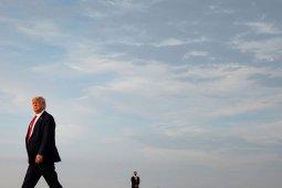 Presiden Trump imbau warga AS untuk gunakan masker, jaga jarak