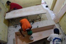 Pesanan peti jenazah di Jaktim meningkat tiga kali lipat gara-gara COVID-19