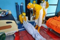 Lagi, satu pasien COVID-19 meninggal dunia dimakamkan tanpa protokol kesehatan