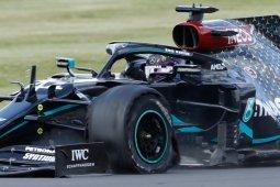 Lewis Hamilton juarai GP Britania secara dramatis setelah pecah ban