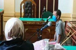 PN Medan hukum tiga tahun perobek Al Quran