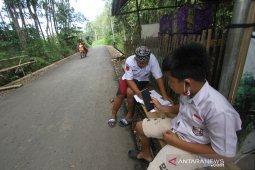 Siswa Kesulitan Akses Internet di Hulu Sungai Selatan