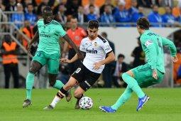 City resmi  ikat Ferran Torres dengan kontrak lima tahun