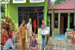 SOL pasang 24 lampu penerangan jalan di tujuh desa di Taput