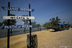 Wisata Pantai Gua Petapa